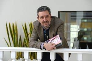 Cuestionario literario Álex Oviedo